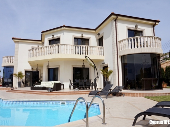 Peyia Luxury Villa #634