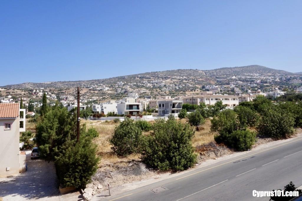 Peyia-Spacious-2-Bedroom-Townhouse-with-Sea-Mountain-Views