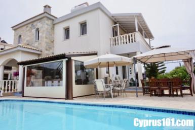 1-Tala-villa-for-sale-Cyprus