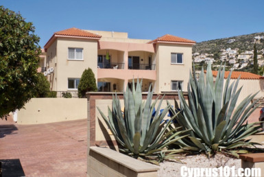 Stylish Peyia 2 Bedroom Ground Floor Apartment with Fantastic Outdoor Leisure Space - MLS 825