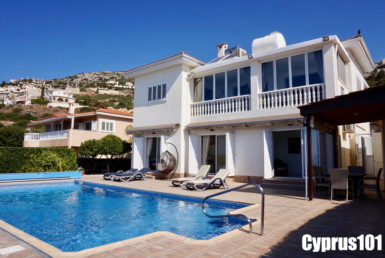 Peyia Villa for sale with stunning sea views