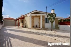 Cyprus property buyers - Testimonials - Joan and Peter -