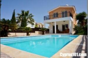 Cyprus property sellers - Testimonials - Louise Clark