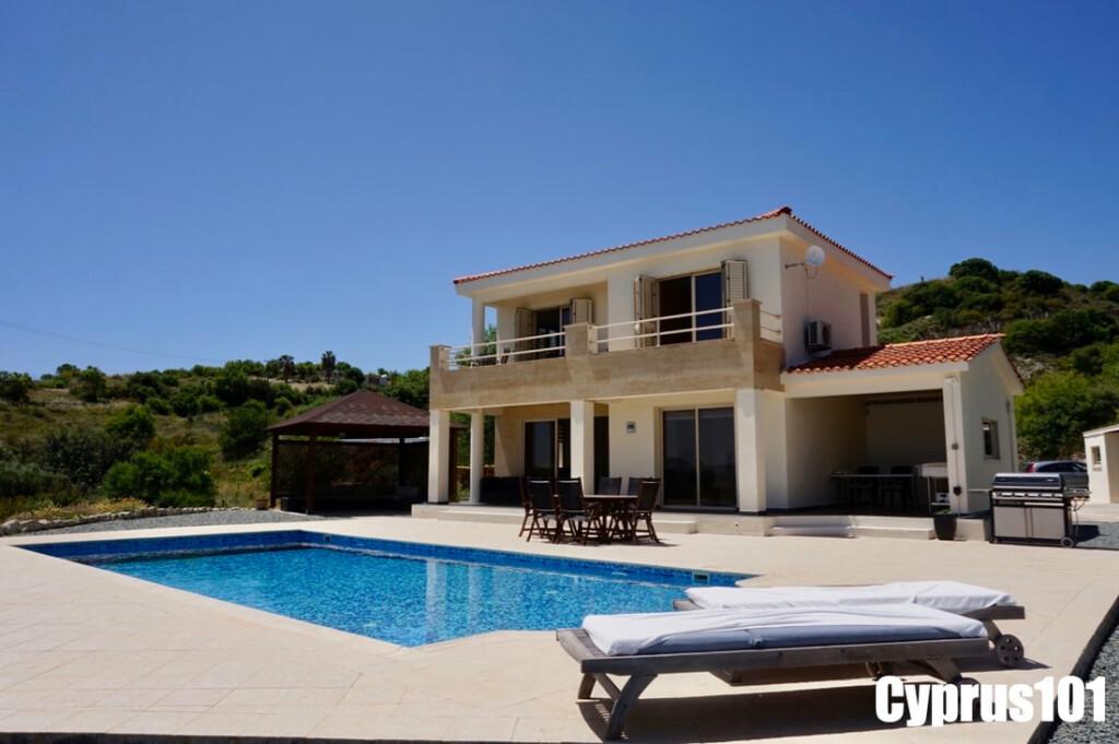 Episkopi-Paphos-Cyprus villa