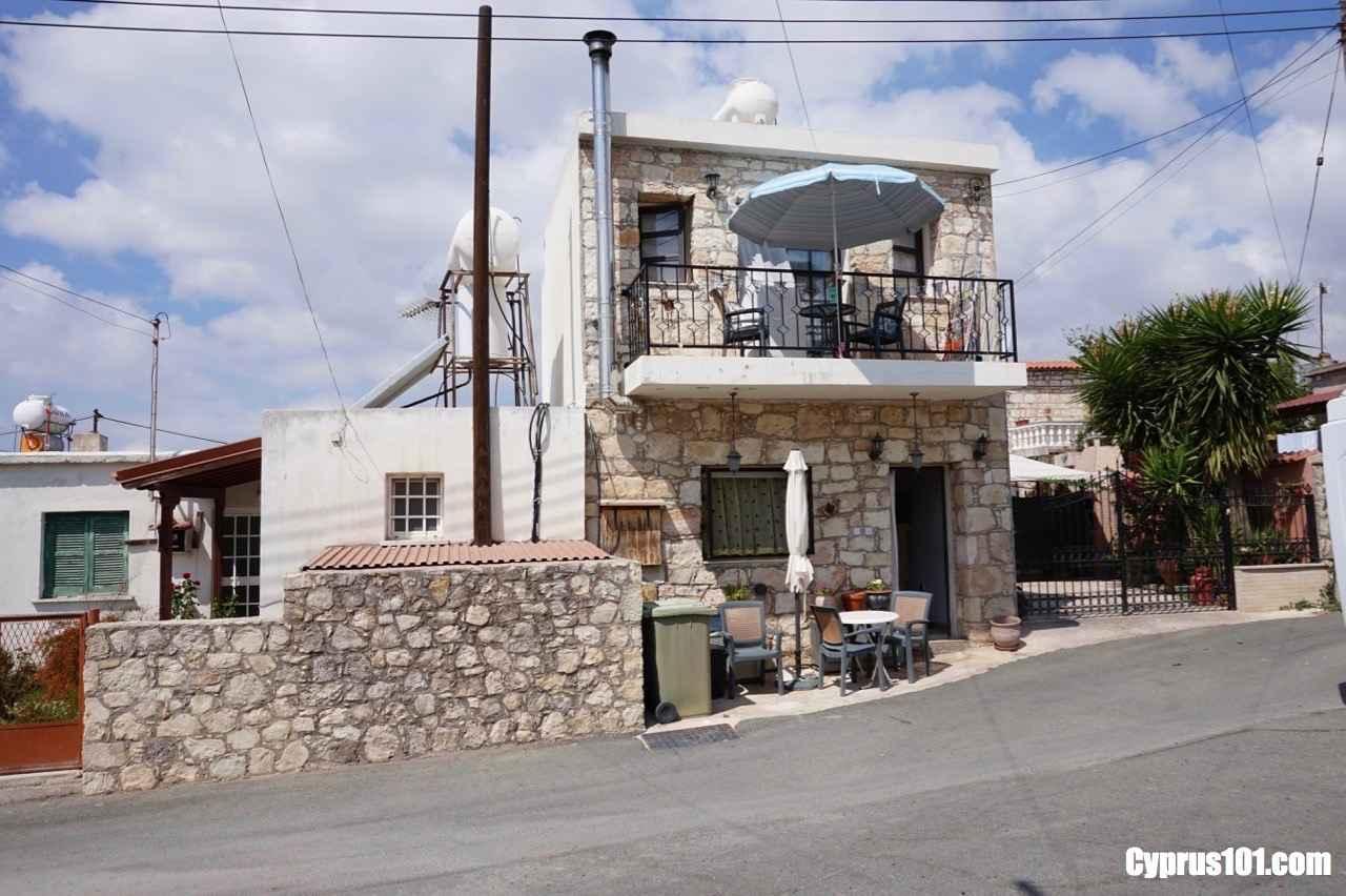 Agios Dimitriano Property