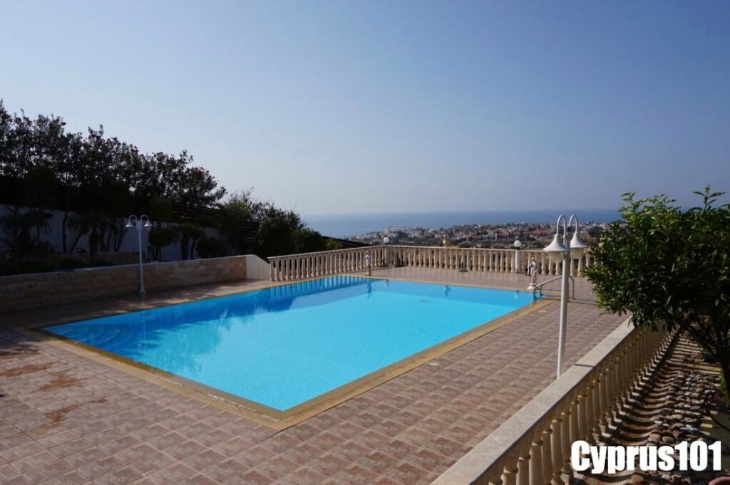 Luxury-villa-Paphos-Cyprus