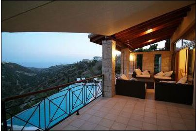 Aphrodite Hills villa for sale