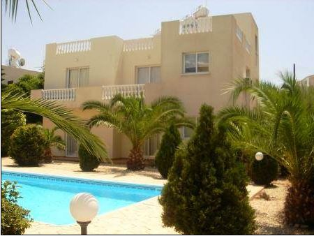 Lovely Apartment Walking Distance to Bar Street in Kato Paphos