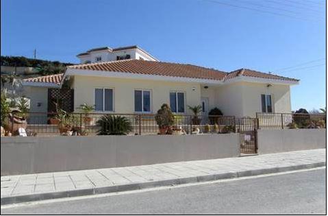 Pissouri bungalow for sale