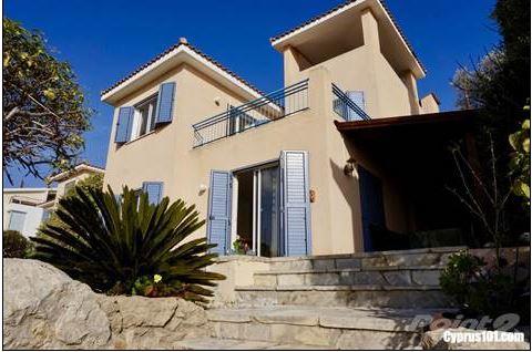Tala villa with sea views for sale