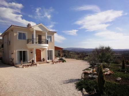 Polemi, Paphos Lovely Villa For Sale