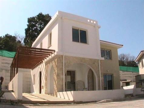 New Villas For Sale in Strombi – Just Outside of Paphos