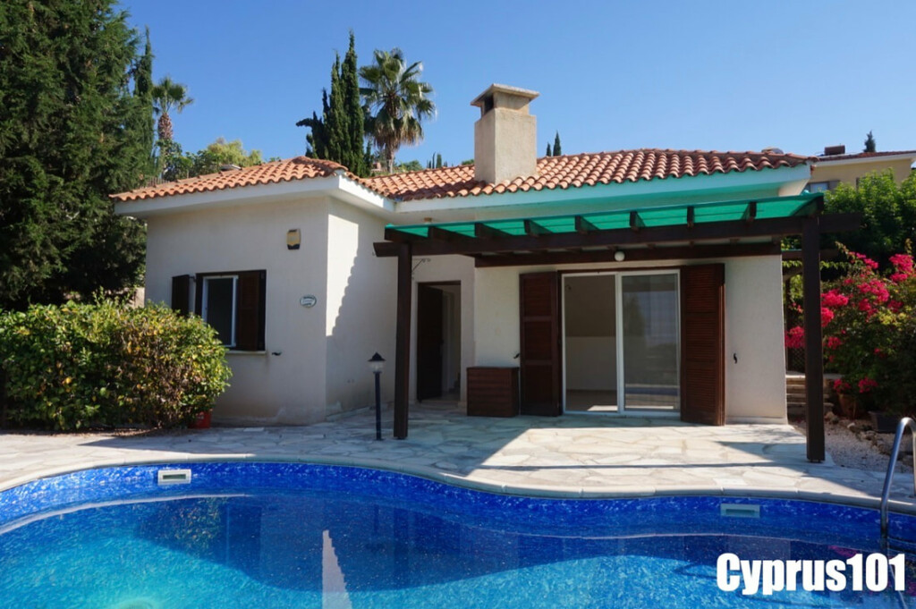 Kamares Bungalow for sale #869