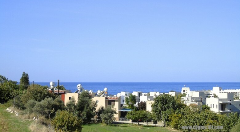 Townhouse For Sale in Chlorakas, Paphos