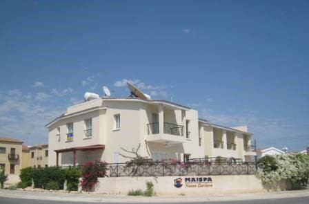 2 Story For Sale in Kato Paphos