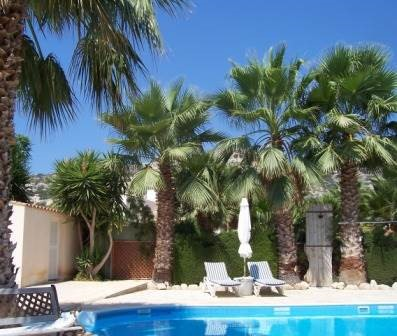 Villa For Sale in Peyia Minutes from Sea Caves