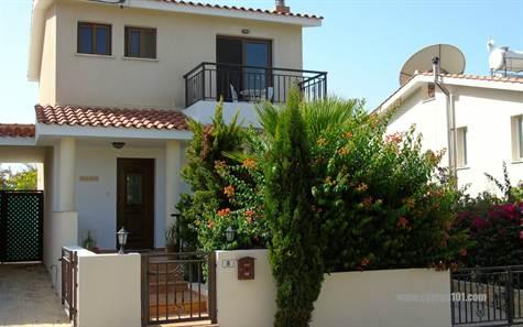 Villa For Sale in Konia, Paphos