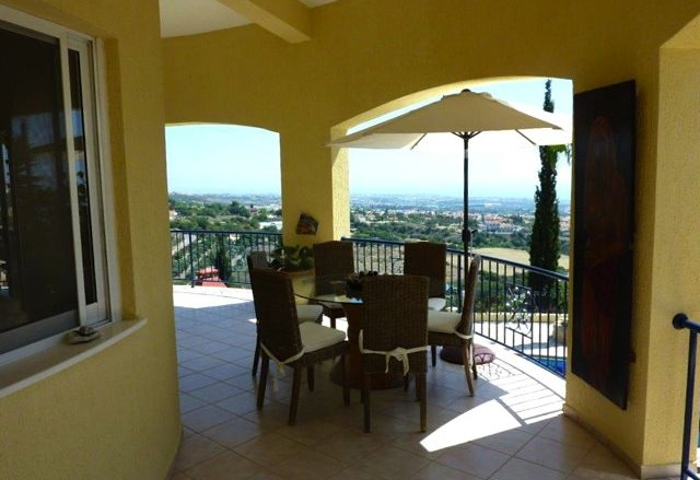 Price dropped on Tala villa for sale in Tala, Paphos
