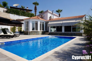 Peyia Bungalow - SOLD