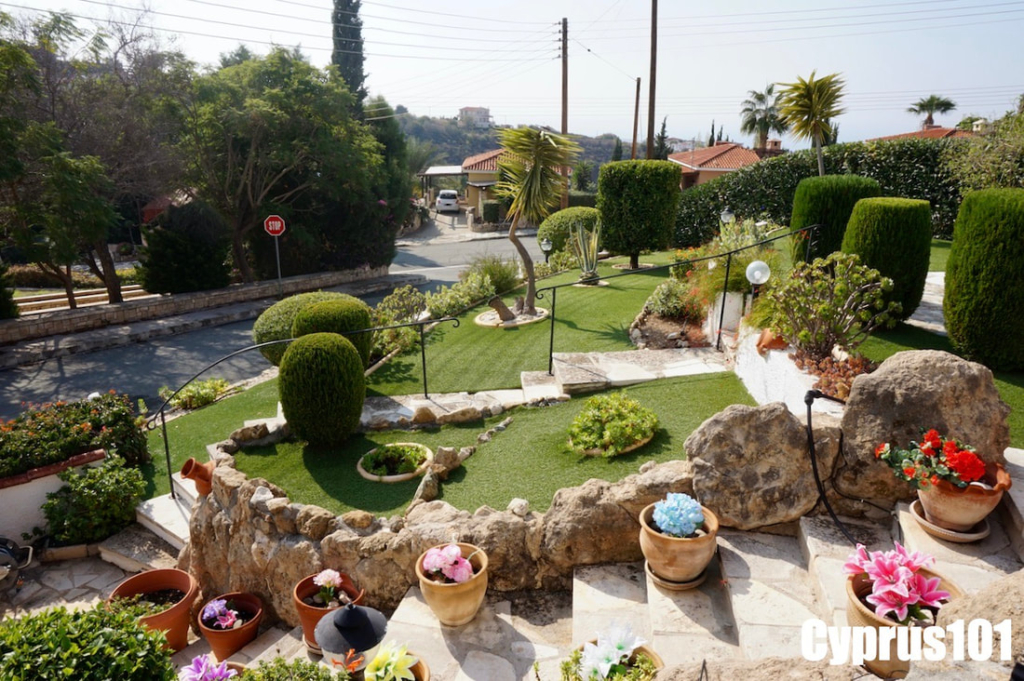 Kamares-bungalow-for-sale