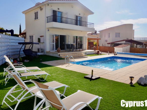 Peyia Villa for sale
