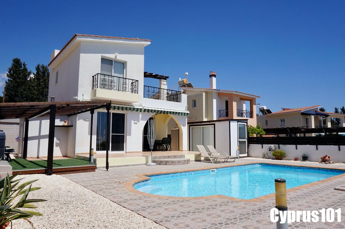 Peyia Villa with Sea Views #999