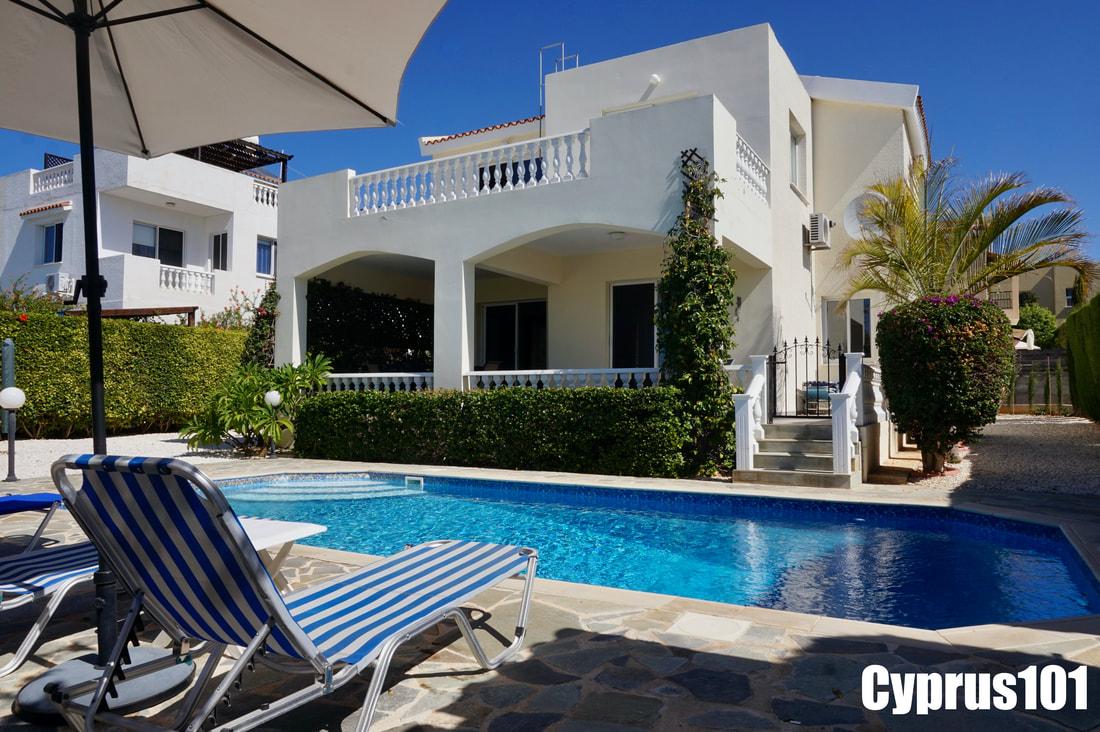 Peyia Villa with Sea Views